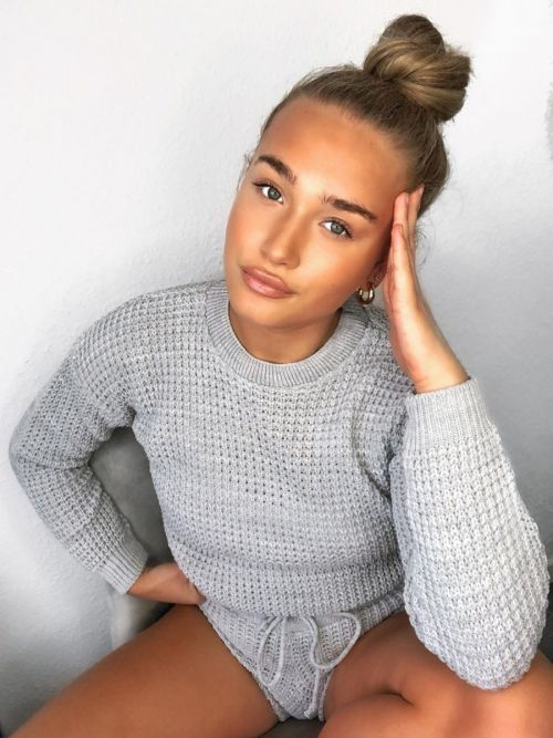 Rosa Waffle Knit Jumper & Shorts Lounge Co-ord In Grey