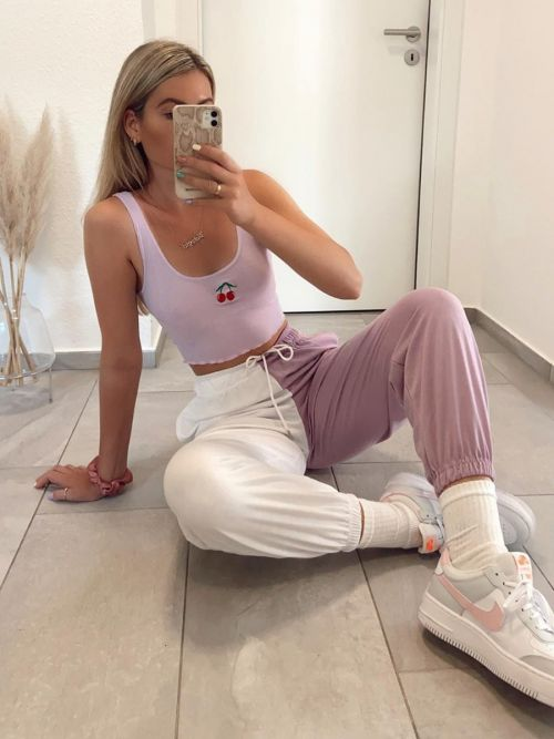 Mary Two Tone Oversized Colour Splice Jogger In Lilac