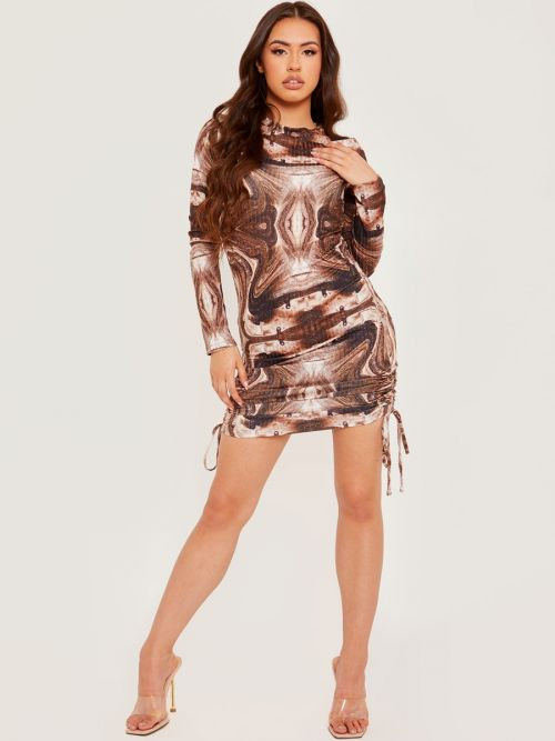 Laura Long Sleeves Printed Ribbed Ruched Dress In Brown